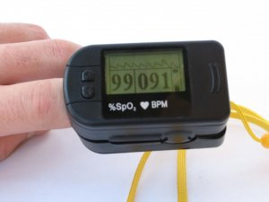 Finger Oximeter- Big LCD Screen/ Shipping Included in the price