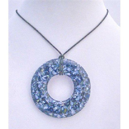 N580Round Laminated Shell Pendant Necklace Shell w/ Shell Encrust Pendant Black Chord Necklace