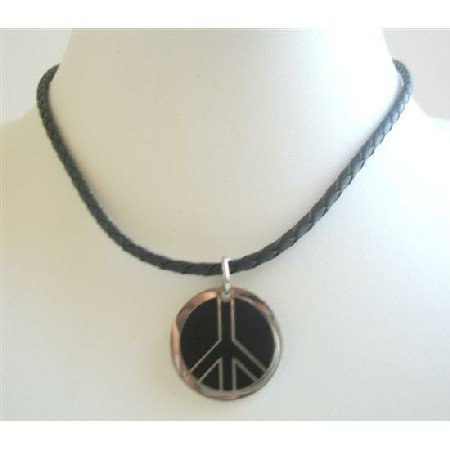 U141  Mercedes Logo Pendant In Black Knitted Chord Necklace