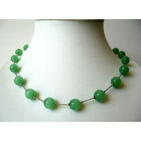 UNE055  Green Glass Faceted Beads Necklace