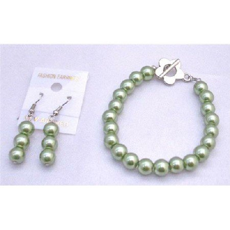 TB668  Light Green Pistachu Pearls Bracelet & Earrings Set w/ Flower Clasp Bracelet