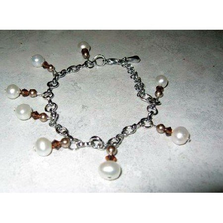 TB209  Exquisite and Elegant Bracelet in Pearls and Swarovski Crystals