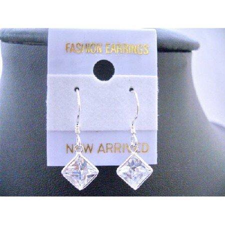 UER001  Diamond Shaped Cubic Zircon Earrings Simulated Diamond Earrings