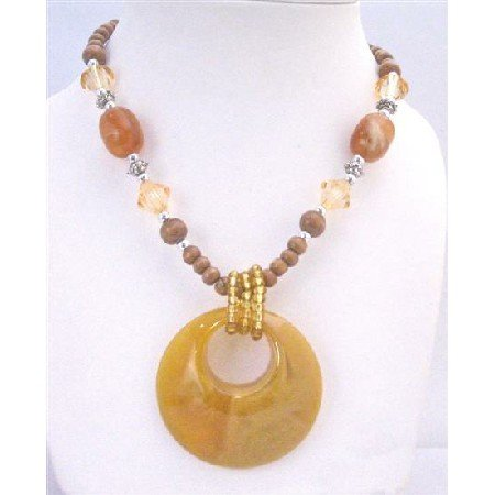 N778  Yellow Jade Round Pendant Necklace Fabulous Stunning Wooden Beads Long Necklace