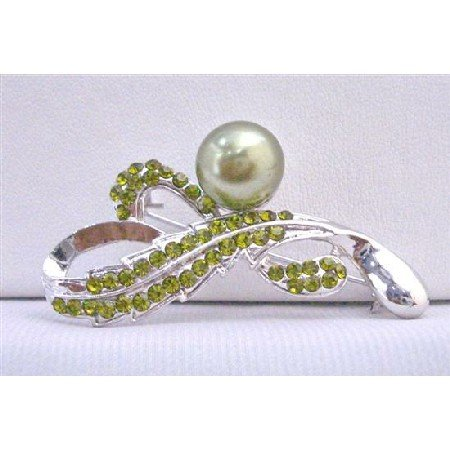 B382  Olivine Crystals Brooch Green Pearls Silver Framed Beautifully Designed Bridemaids Brooch