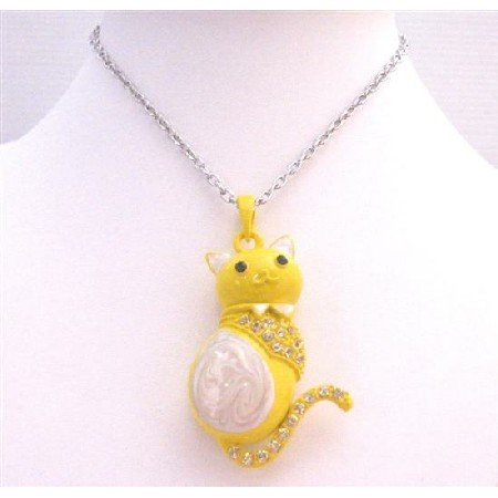 HH233 Yellow & White w/Diamante Spread On Body Decorated w/ Bow Long Tail Cat Pendant Necklace