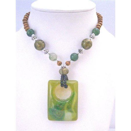 N785 Vintage Sequare Pendant Fashionable Green Jade Sequare Pendant Wooden Beads Long Necklace