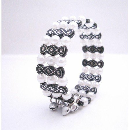 UBR210  Black & White Pearls Cute Cuff Bracelet Under Jewelry Gift Affordable