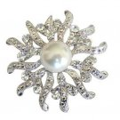 B019  Sparkling Beautiful Round Brooch w/ Cubic zircon & Pearls