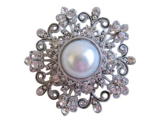 B050 Creative Designer Brooch Round Fully Embedded w/ Simulated Diamond w/ Pearls Center