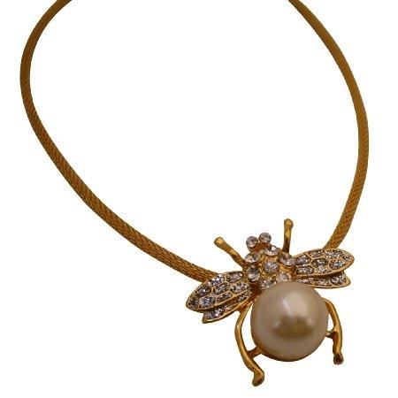 N974  Beautiful Bumblebee Pendant Necklace