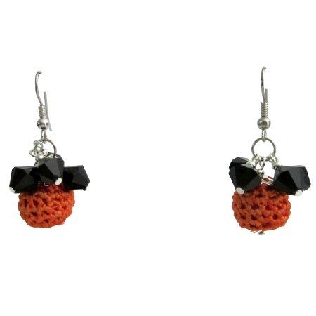 UER570  Halloween Jewelry Orange Crochet Bead W/ Black Glass Bead Earrings