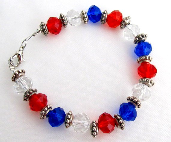 TB1119 Love USA 4th Of July Celebrate Patriotic Day With Red White Blue Glass Beads