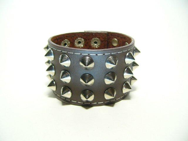 Metal Spike Stud Leather Goth Punk Bracelet (B616R)