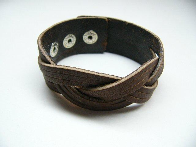 Brown Leather Stripe Cuff Bracelet (B642SN)