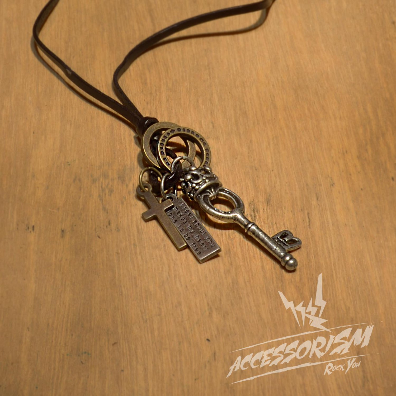 Free Shipping Key Pendant with Cross and Circle Rings Necklace (N616S)