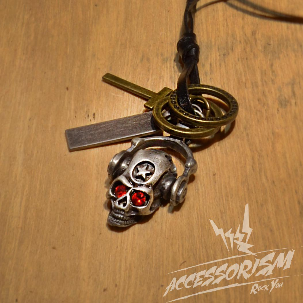 Free Shipping Skull Left Skull Pendant with Cross and Circle Rings Necklace (N659S)
