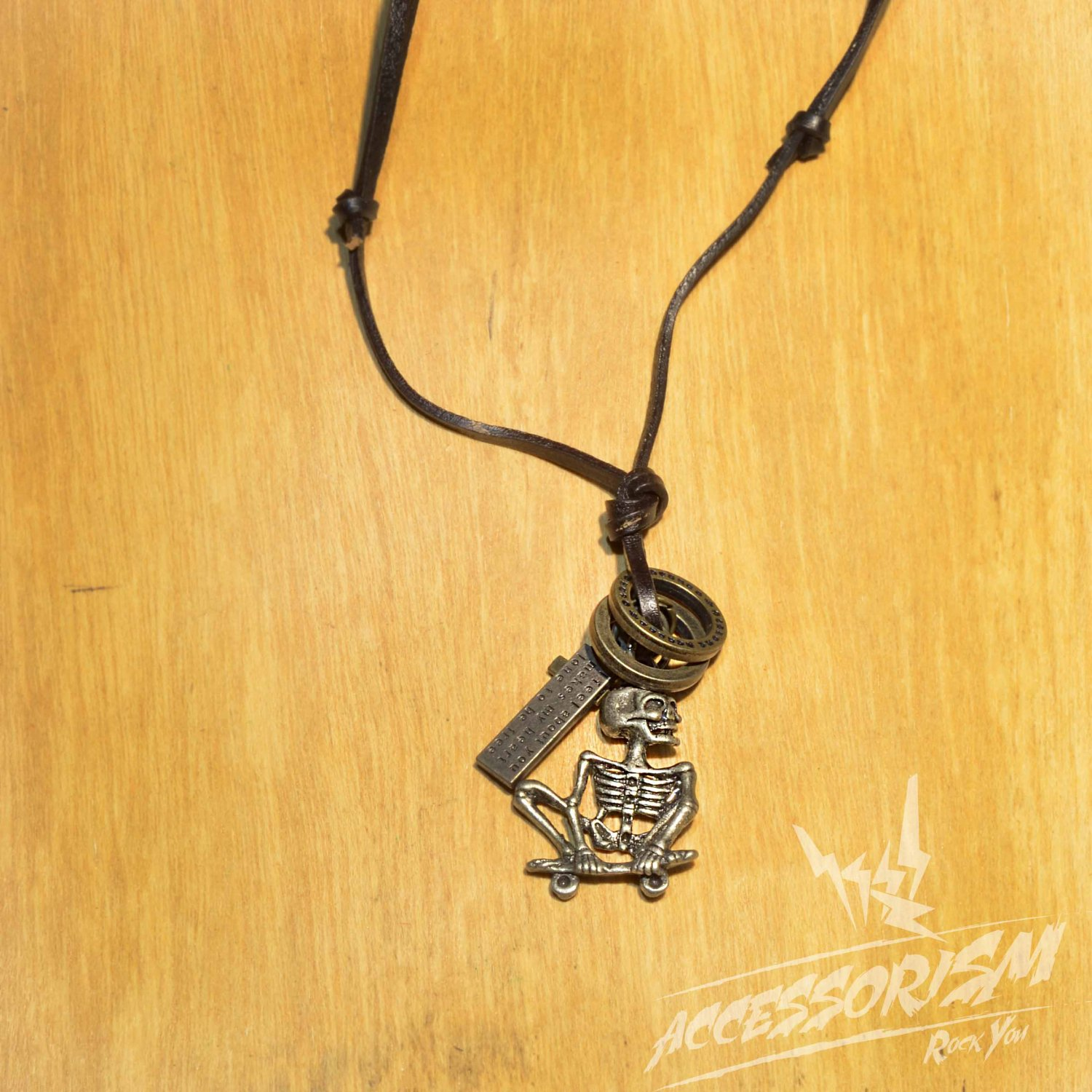 Free Shipping Skull Bone Pendant with Cross and Circle Rings Necklace (N667S)