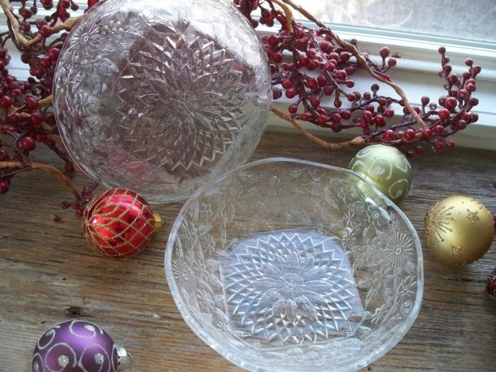 "Set of 2 Indiana Depression Glass No. 618 PINEAPPLE & FLORAL 6"" Cereal Bowls"