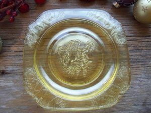 Set of 3 Amber Federal Depression Glass PARROT Pattern Sherbet~Bread & Butter Plates