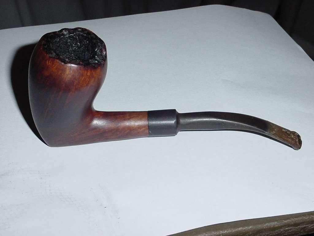 Celius Root Denmark Large pipe darker brown Knight No. 134