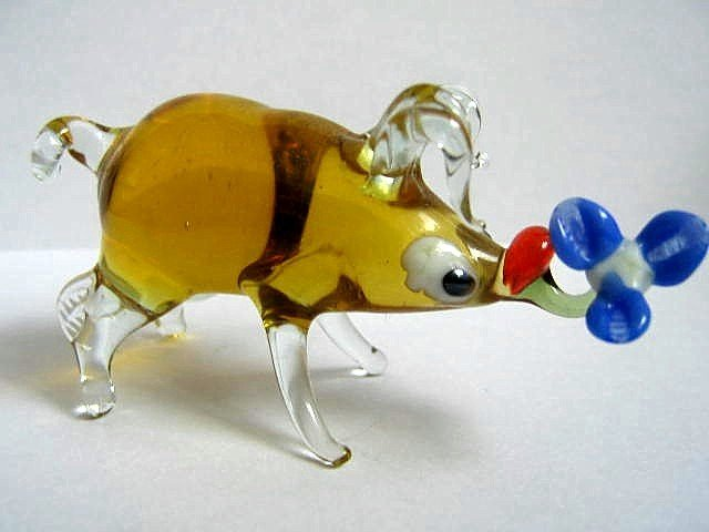 PIG ART GLASS COLLECTIBLE MINIATURE FIGURINE