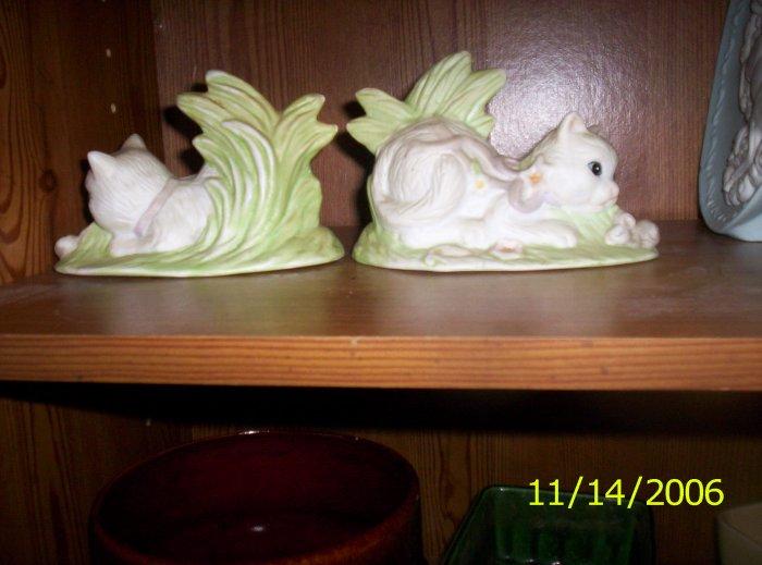 Twin porcelain cat figurines