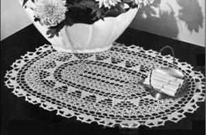Vintage Table Doily 50s Crochet