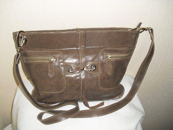 Tan leather shoulder handbag