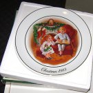 "Avon "" Enjoying The Night Before Christmas "" Plate Christmas 1983"