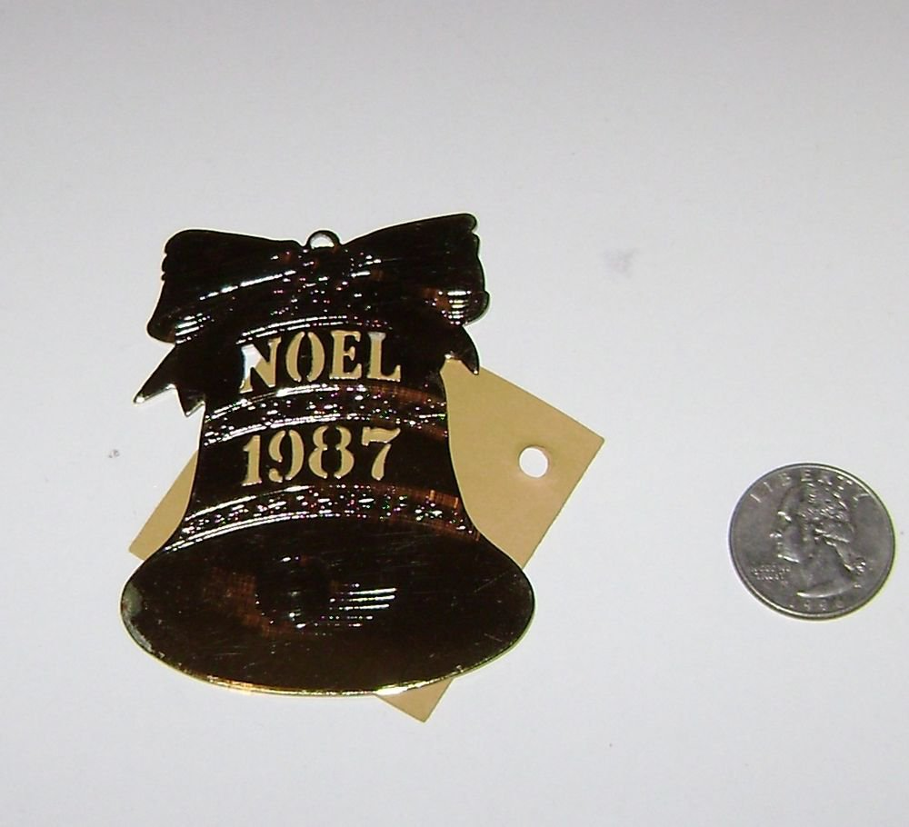 wolf sculpture noel 1987 metal ornament gold colored