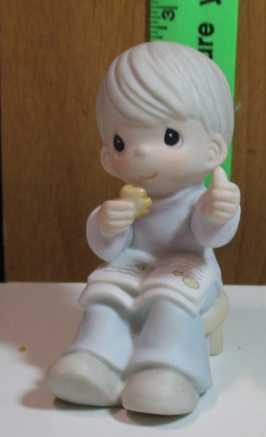 """(1 PIECE ONLY) Precious Moments """"Simple Pleasures Make Holiday Treasures"""" 2003 #111898"""