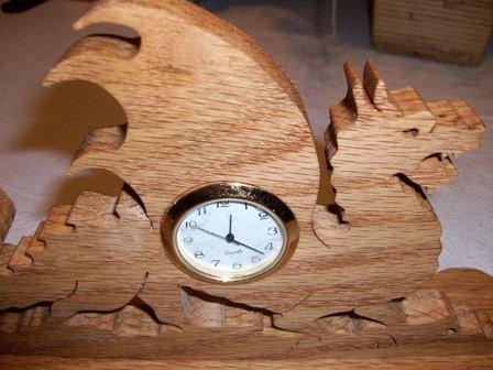 Dragon wooden mini desk clock