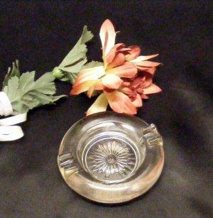 3786 Vintage Round Glass Individual Ashtray