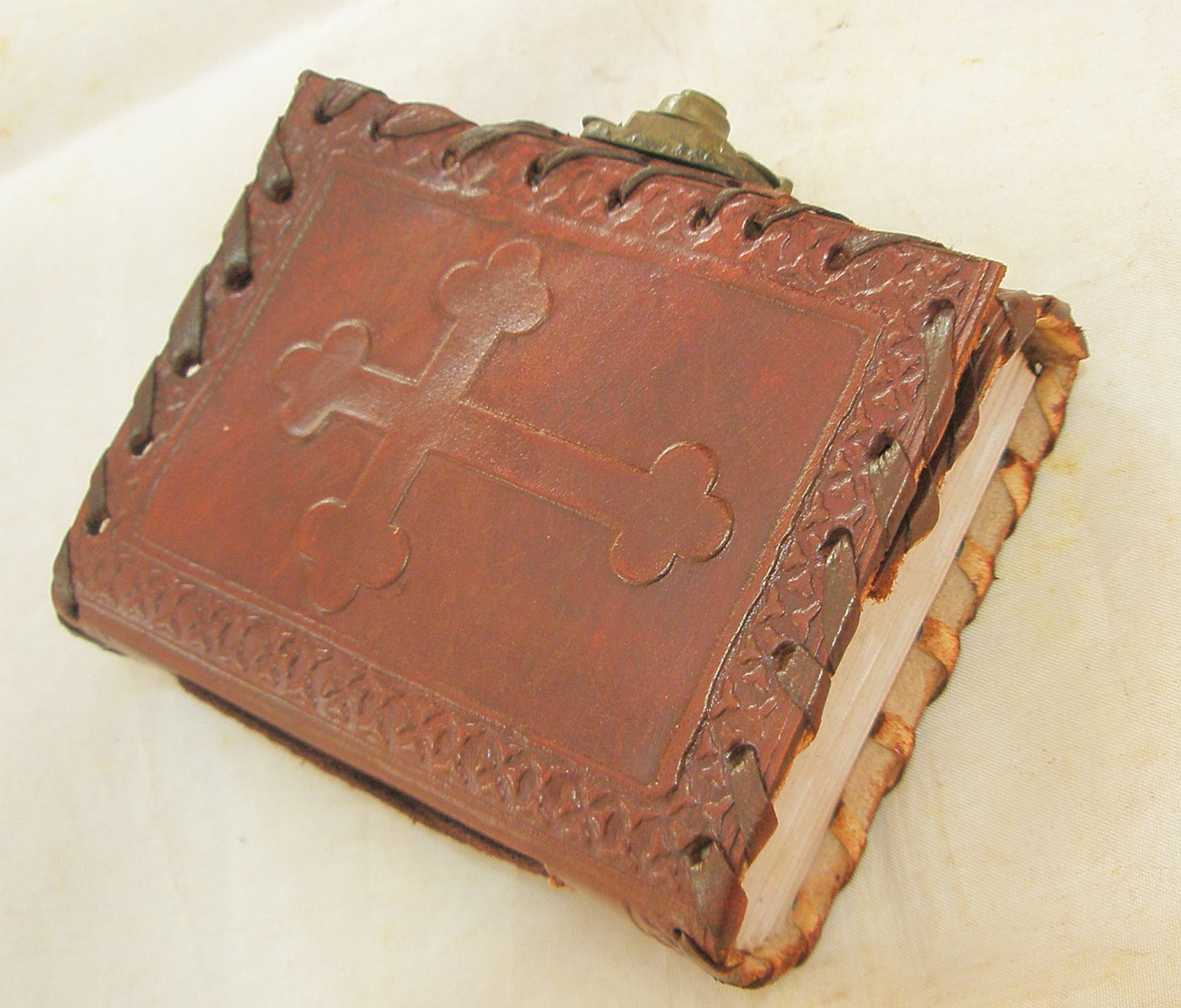 Handmade Leather Bound Mini Pocket Journal Celtic Cross Embossed Vintage Diary Blank Notebook