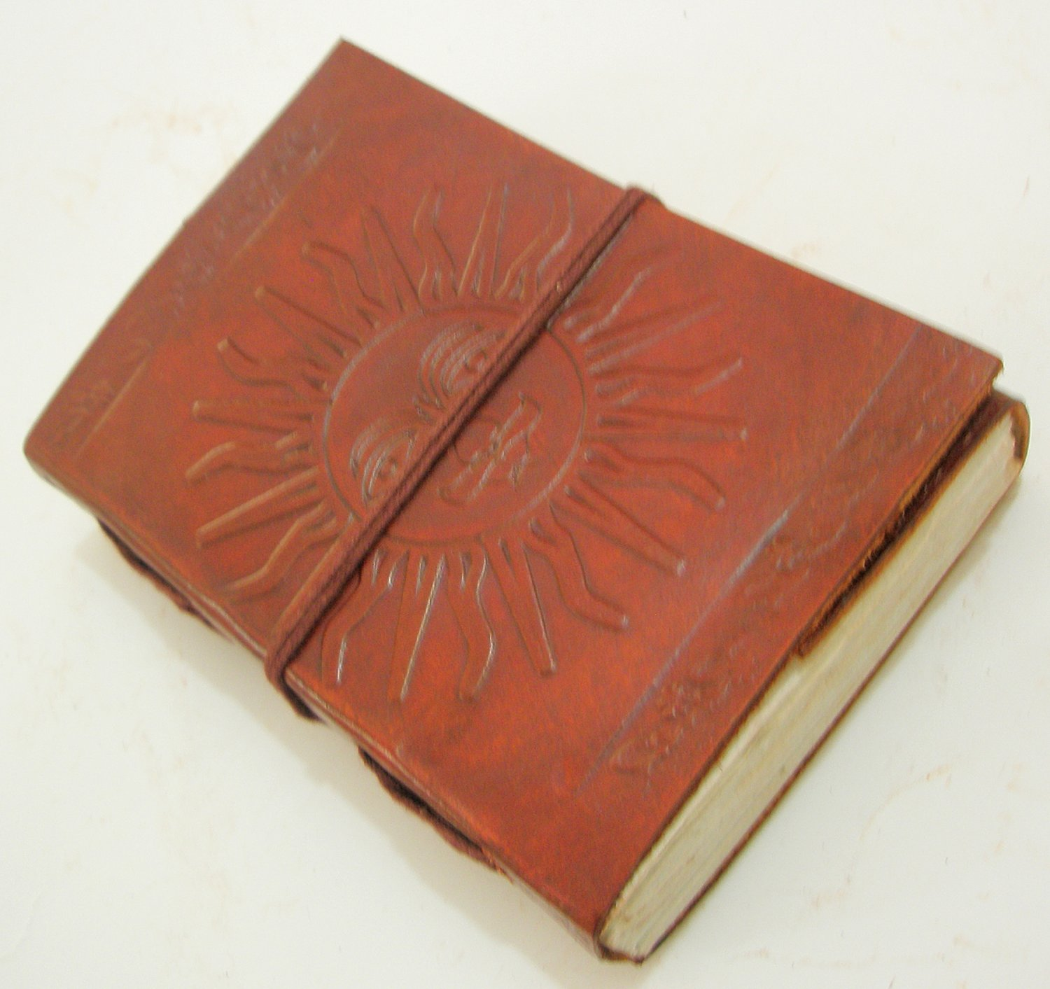Handcrafted SUN Embossed Leather Journal Handmade Paper Blank Travel Diary Writing Notebook