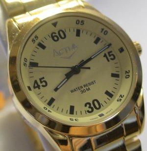 NEW INVICTA Ladies SWISS GOLD DIVER Bracelet Watch $395