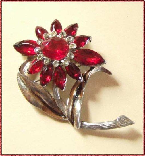 Ruby Red Crystal Pin Old Vintage Pot Metal Flower 9566