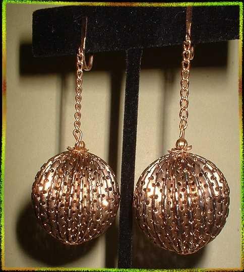 Vintage Christmas Earrings LG Gold Filigree Ornaments 9453