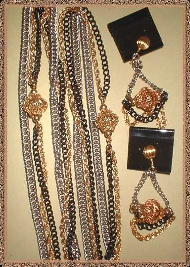 Celebrity Signed Necklace w Earrings Silver w Gold 9452
