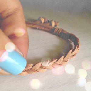 Braided Suede Bracelet (Tan)