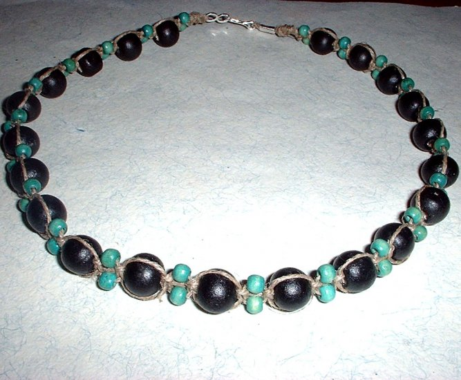 Green and Black Wood Bead Hemp Choker Necklace