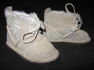 BABY GAP Suede Ankle Boots Shoes W/ Floral Embroidery 4