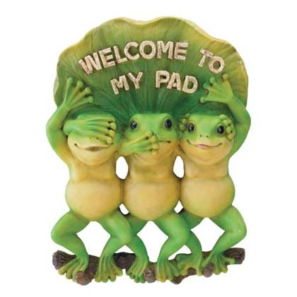 """35633 """"Welcome To My Pad"""" Frogs"""