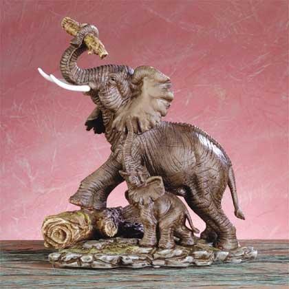 31814 Elephant Figurine