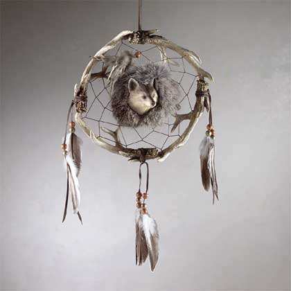 "33685 Wolf Design Faux ""Medicine Wheel"""
