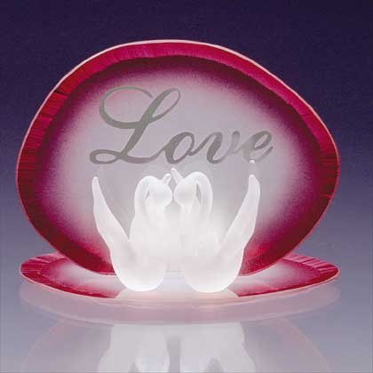 34122 Glass Love Swans Candleholder
