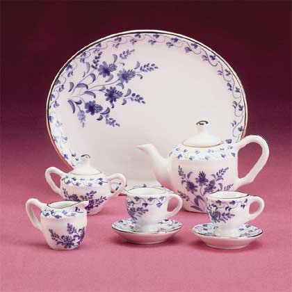 34311 Blue and White Miniature Tea Set