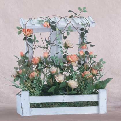 35108 Roses in Wood Lattice Planter