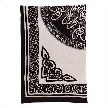 32463 Celtic Print Cotton Sheet
